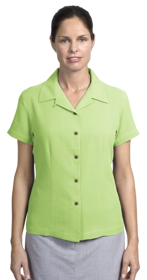 Ladies Silk Blend Business Shirt.